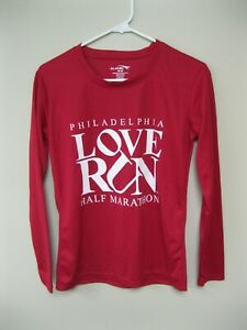 Philadelphia Love Run Half Marathon Women Medium Red T-shirt
