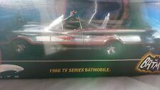 Limited Edition hot wheels 1966 chrome batmobile (0116/3000)