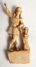 Statuette statue miniature 18e siècle 18th century ange gardien et enfant