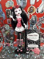(Lot 2) Monster High Doll, Draculaura, First Wave, 1st Wave, VGC