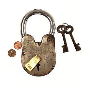 Wine Cellar Padlock Rusty Antique Style Treasure Chest Lock 2 lbs 6 inches Tall