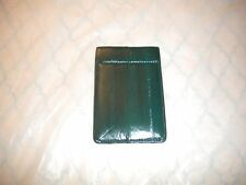 BRAND NEW EEL SKIN SQUEEZE PURSE  GREEN  COLOR  SIZE 2.75 X 4 IN