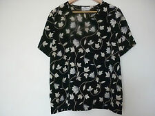 "WOMEN'S ""FELLA HAMILTON"" BLACK SHORT SLEEVE TOP WITH FLORAL PATTERN - SIZE 14"