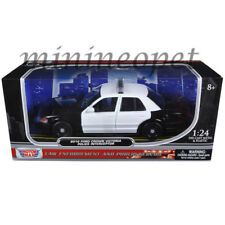 MOTORMAX 76420 2010 FORD CROWN VICTORIA 1/24 UNMARKED POLICE CAR BLACK / WHITE