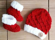 NEW /Hand madeKnitted Baby Santa Beanie and Booties/0-3Months