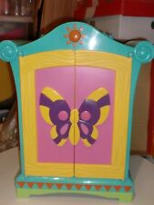 Dora The Explorer Dolls Wardrobe with Hanging Rail plus 3 Dolls Outfits