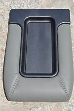 95-99 CHEVROLET K1500 K2500 K3500 LIGHT GREY CENTER CONSOLE LID STORAGE COVER