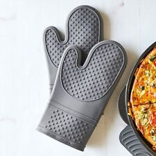 New listing Pampered Chef : Silicone Oven Mitt Set, Free Shipping