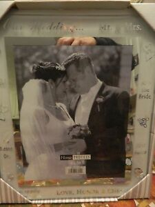 NEW MALDEN HOME PROFILES 8 X 10 GLASS WEDDING FRAME - PRETTY