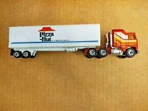 HO Scale Pizza Hut Semi Truck And Trailer By Matchbox 1/87th