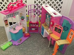 Barbie Pet Care Centre Playset With Accessories (4H)