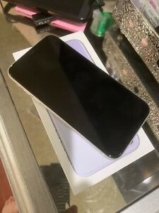 Apple iPhone XR - 64GB - White- NO LOCKS OF ANY KIND