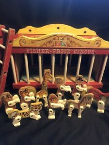 Vintage 1960's Fisher Price Pull Toys Circus Wagon W/ 9 Performers