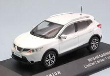 Nissan Qashqai 2014 White 1:43 Model TRIPLE 9