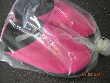 New Women's Hot Pink Slippers House shoes - Size 9 10 - 1 pair