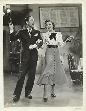 "JUDY GARLAND & GENE KELLY in ""For me and my Gal"" Original Vintage Photo 1942"