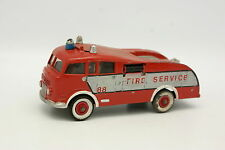 Dinky Toys Code 3 1/43 - Truck Fire Engine 1955 Firefighters