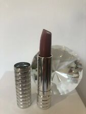 New Clinique Dramatcally Different Lipstick Blushing Nude RRP £21.50