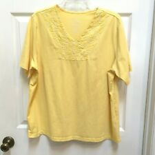 Coral Bay shirt 1X Yellow Pullover top Embroidered