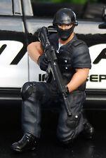 77471 American Diorama  Swat Team Polizei SEK Snip1:24