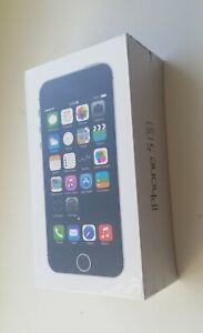 NEW SEALED Apple iPhone 5S 16GB space gray UNLOCKED