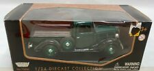 Motormax 1:24 1941 Plymouth Pickup Die-Cast Vehicle, BOX DAMAGED
