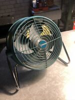 Vintage MCM Dominion industrial Fan Turquoise Aqua Blue Mid Century WORKS