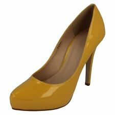 Anne Michelle F9R775 Ladies Yellow Patent Court Shoes  (R31B)