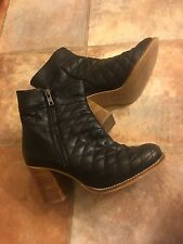 House of Harlow Black Quilted Leather Boots Size 8 Moto
