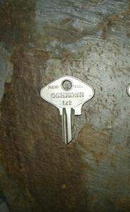 Antique Oshkosh Trunk Key # 122  Oshkosh Key Number 122 Made by Yale & Towne