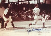 Joe DiMaggio Autographed Signed 8x10 Photo ( HOF Yankees ) REPRINT ,