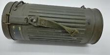 Boitier de masque à gaz allemand / numéro régiment bien marqué / bel état / ww2