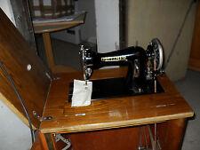 GRITZNER Antike Nähmaschine mit Schrank