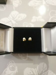 9ct yellow gold creamy pearl stud earrings - new