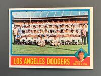 1976 Topps #46 Los Angeles Dodgers Team Card NM