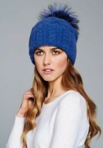 William sharp 100% cashmere cable at with pom pom. Blue. New with tags