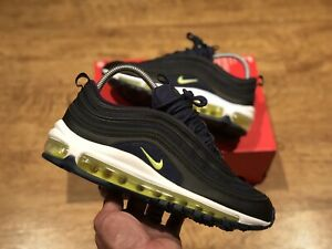 NIKE AIR MAX 97 WOMENS YOUTHS TRAINERS  SIZE UK 5 EUR 38 US5.5Y 921522 018 NEW