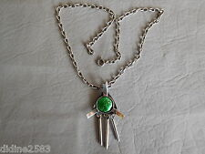 COLLIER CHAINE METAL GRIS ARGENT PENDENTIF TRIANGLE EMAUX VERT PENDANT NECKLACE