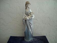 Lladro Figurine #5086  Mater Amabilis