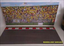 1:12 Diorama Valentino Rossi Fan Club 46 MOTO GP Tier Circuit to Minichamps RARE