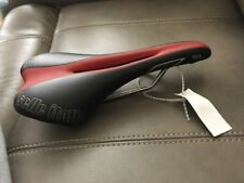 Selle Italia SL FLOW Cycling Bicycle Saddle  Color Red / Black