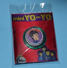 THE BEATLES George Harrison COMIC ROCK & POP MINI YO-YO PREMIUM TOY URUGUAY