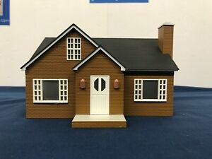 Lionel Brown Bungalow House Building 6-34121 NO BOX For O Gauge Layouts Mth