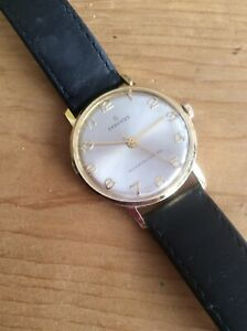 """A VINTAGE""""SERVICES """" GENTS MECHANICAL WRISTWATCH- VERY GOOD FULL WORKING ORDER ."""