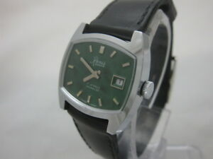 NOS NEW VINTAGE RENIS SWISS STAINLESS STEEL WATCH 1960'