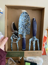 Smith and Hawkin 3 piece garden tool set, New in box floral design green blue