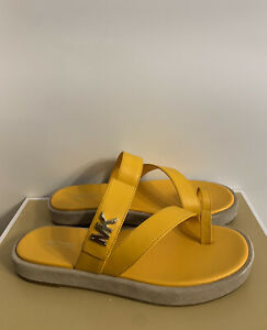 New - Women's Michael Kors Sidney Leather Sun Thong Sandals Size 7