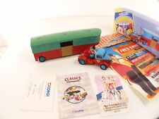 Corgi n° 97887 - Bedford O Articulated Horsebox - w/replica poster -  en boite