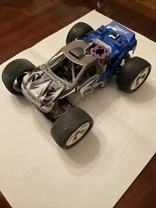 Schmacher Rascal 1/16 Nitro Buggy With Radio Control In Buggy