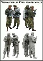 1/35 Resin Figure Model Kit STURMGESCHUTZ CREW AND GRENADIER (2 Figures)